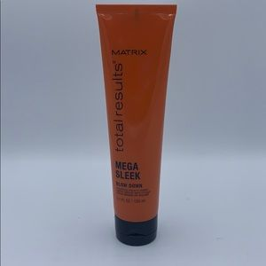 MATRIX Total results 'Mega Sleek Blow Down' Cream